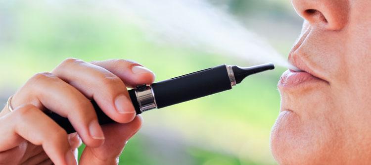 La cigarette électronique, alternative au tabac ?